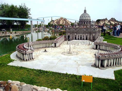 l italia di piero testo file piazza san pietro italia in miniatura jpg