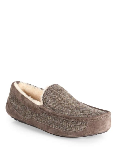 uggs house slippers ugg house slippers mens 28 images uggs mens indoor