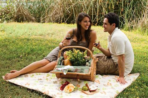 Trash To Treasure Ideas Home Decor by Romantic Picnic Lunch Jen Amp Joes Design Easy Romantic