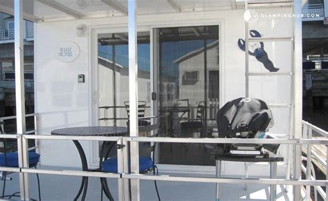 houseboat boston houseboat rental in boston massachusetts