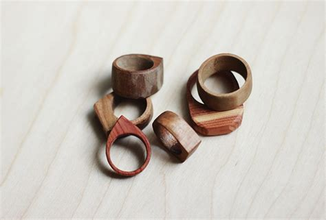 how to make wooden jewelry pdf diy diy wood jewelry diy woodwork projects