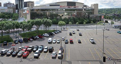 Cheap Hotels Near Xcel Energy Center