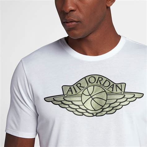 T Shirt Low And air 11 low easter emerald shirts sneakerfits