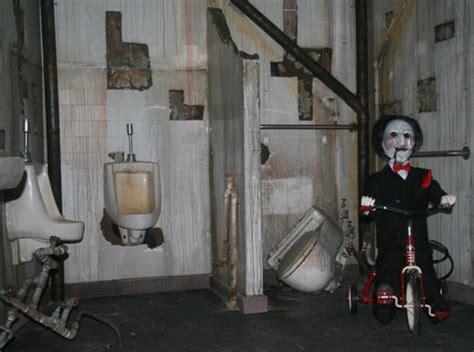 saw bathroom scene touring fright dome with creator jason egan las vegas blogs