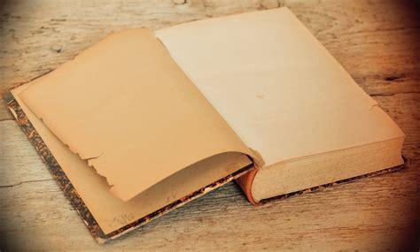 gambar book antik tua kertas bahan meja kayu halaman buku kayu lapis halaman kosong