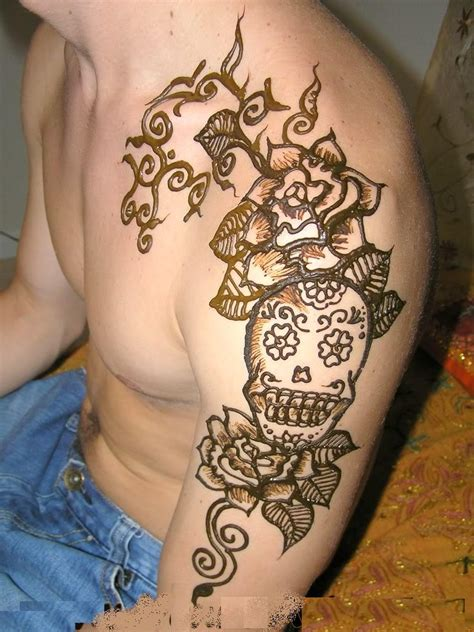 henna tattoo color 44 amazing henna shoulder tattoos