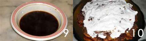 torta al cioccolato bagnata torta con panna al cioccolato e meringhe