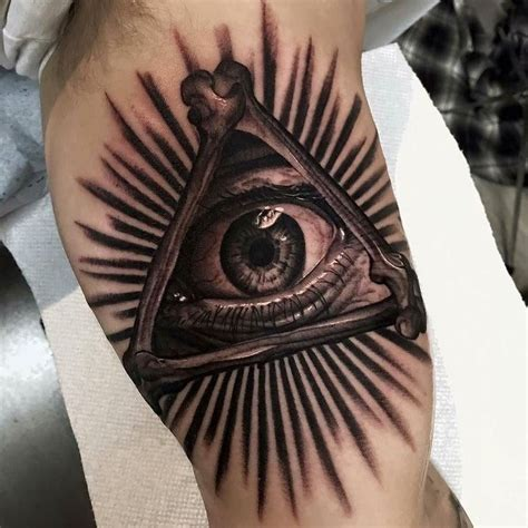 all tattoos mentor best 25 all seeing eye ideas on chest