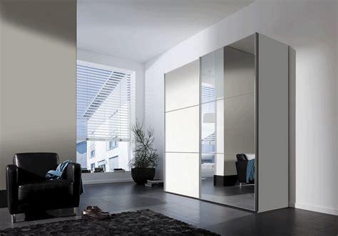 Schlafzimmer 4m Schrank by Schrank Wei 223 Schiebet 252 Ren Spiegel Gispatcher
