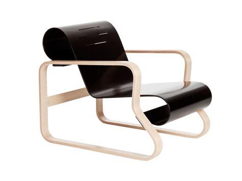 paimio armchair buy the artek 41 paimio armchair at nest co uk