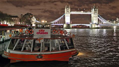 river thames boat and meal thames dinner cruise for two london red letter days