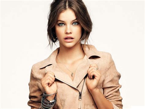 top rich celebrity 10 young famous rich celebrities top 10s