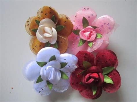 tutorial pembuatan bunga flanel cara membuat bros bunga dari kain flanel