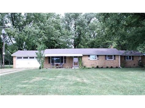 buy a house in lebanon 4 bedroom ranch on 1 3 acres in lebanon ohio shows like a model http www ohio