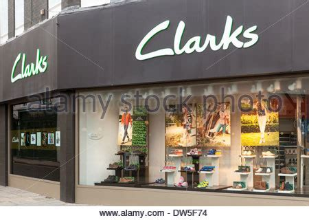 shoe shops in oxford city centre clarks shoe shop shoes store name sign building exterior