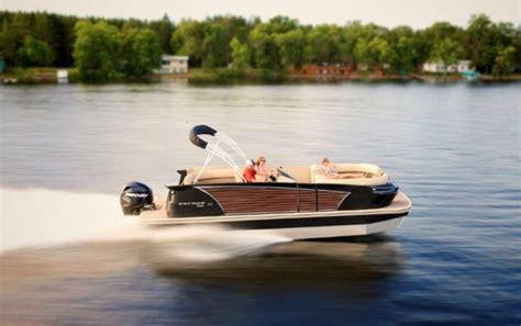 luxury pontoon boat brands larson pontoon debuts luxury pontoon boat pontoon deck