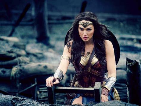 film thor ile czesci review wonder woman non spoiler dc comics news