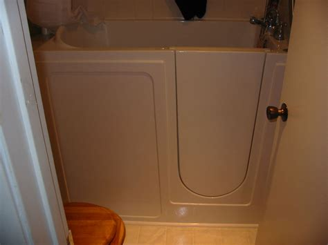 Walk In Bathtubs For Seniors Prices by Tubs Showers Walk In Tubs San Diego Walk In Tubs For