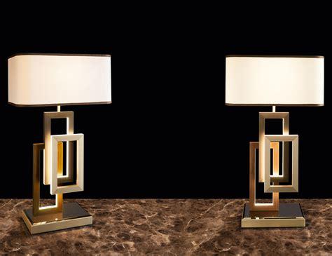 lusso edge modern italian table lamp  white cotton