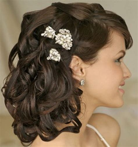 Wedding Hairstyles Mother For Curly Hair | mother of the bride hairstyles for long hair