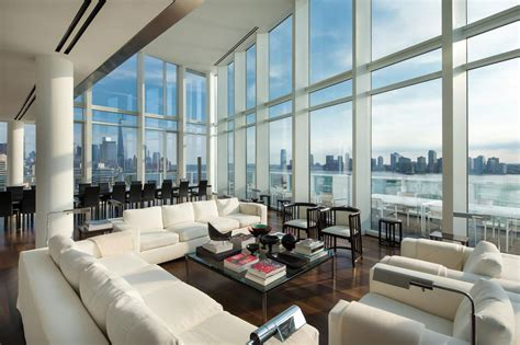 appartments in the city luxurious apartment overlooking the hudson river in manhattan