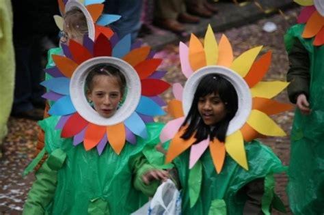 vestito carnevale fiore costume da fiore per bambini donna fanpage