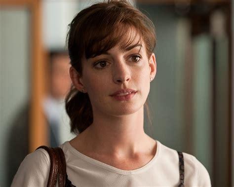 Resensi Film One Day Anne Hathaway | one day movie stills