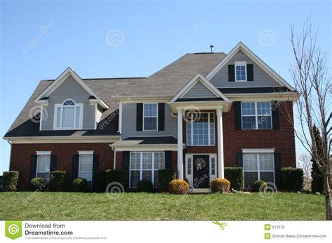 prix maison en brique maison neuve de brique photo stock image du maison