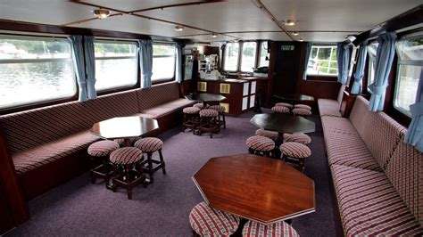 boat trip killaloe killaloe river cruises henskillaloe henskillaloe