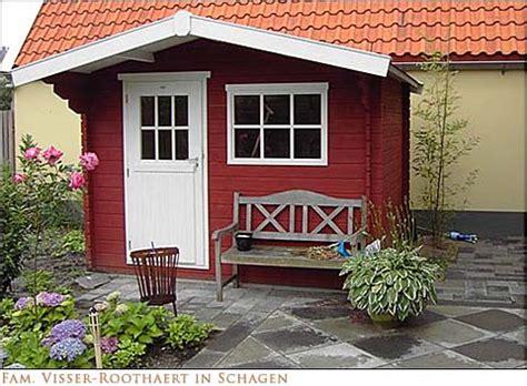 tuinhuis verven of beitsen tuinhuis schilderen met moose f 228 rg tuinhuis verf tips