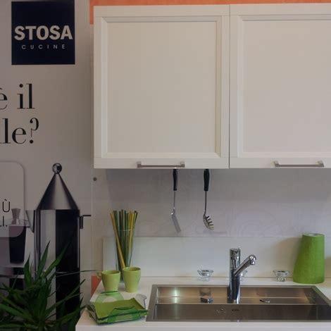 outlet cucine abruzzo cucina stosa cucine malib 249 cucina con parete attrezzata