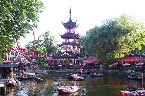 Tivoli Gardens Denmark by Top 10 Amusement Parks In The World 2015 Khbuzz