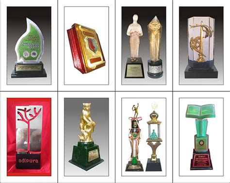 Souvenirplakat Kayuharga Murah Gratis Desain trophy plakat piala cenderamata souvenir award pengh flickr
