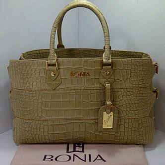 Bonia Original Limited jihans boutique batam februari 2012