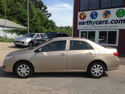 Earthy Cars Blog: EARTHY CAR OF THE WEEK: Gold 2009 Toyota