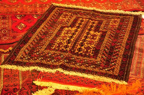 How To Make Handmade Carpets - handmade carpets carpet rugs in dubai