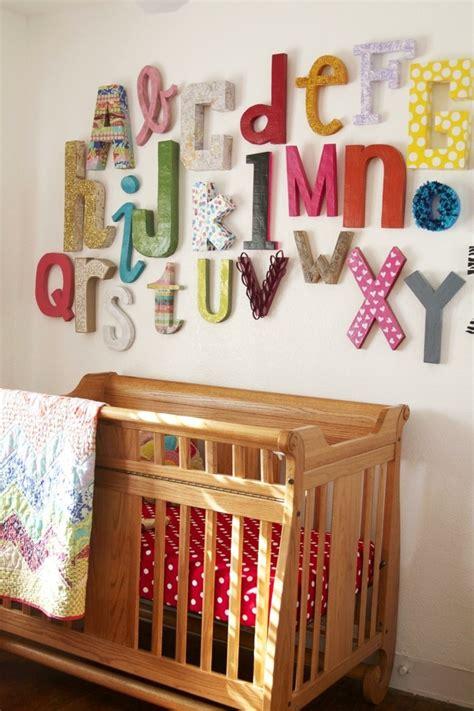 Buchstaben An Der Wand by Buchstaben Deko Eine Untypische Doch Attraktive Weise