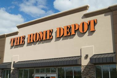 thieves load home depot cart with 1k in goods and walk