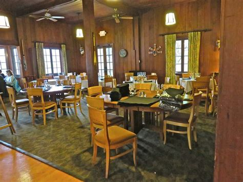 roosevelt lodge dining room roosevelt dining room picture of lake quinault lodge quinault tripadvisor