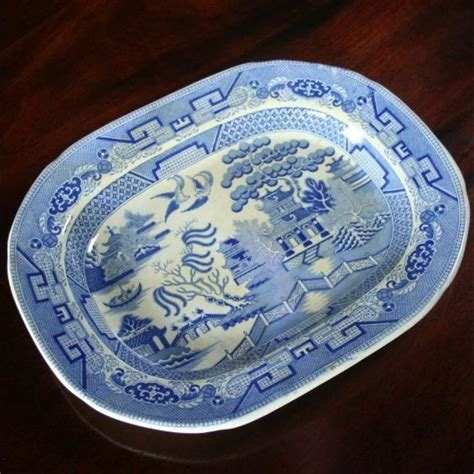 blue pattern pottery victorian staffordshire stoneware blue white willow