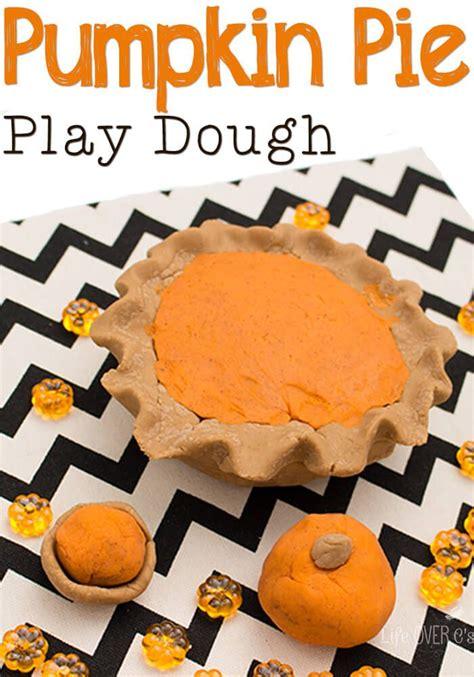 pumpkin pie playdough thanksgiving pumpkin pies  pumpkins