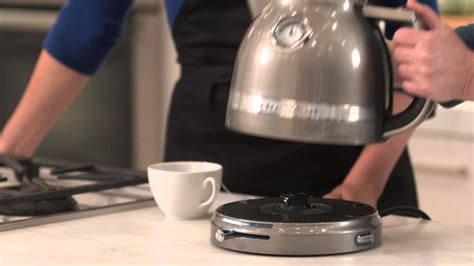 Kitchenaid Kettle And Toaster How To Use The Kitchenaid Pro Line Kettle Williams