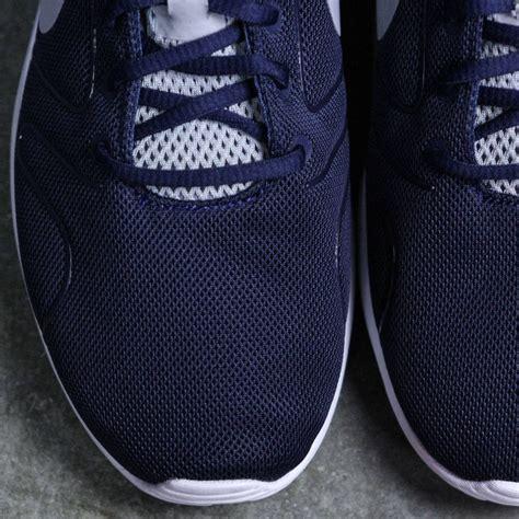 Nike Kaishi 2 0 Midnight Navy nike kaishi 2 0 navy midnight navy wolf grey white