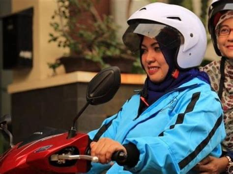 indonesia motorbike taxis launched  muslim women