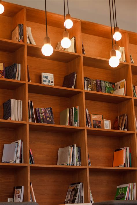 desain rak buku dinding kamar gambar kayu mebel kamar desain interior rak buku