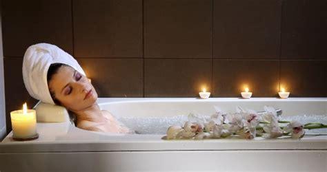 bagno relax alleviare lo stress con un p 242 di tempo dedicato al relax