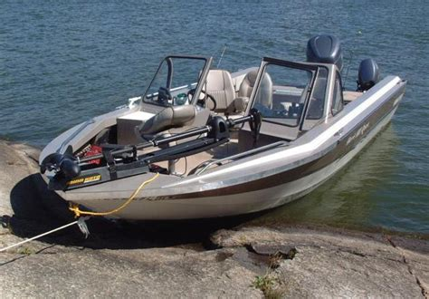 fishing boat ontario boat rental boating fishing boats lake of the woods