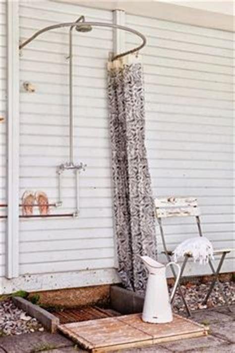 badewannen ideen 2919 dusche selber bauen coole diy gartendusche aus