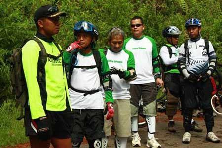 Professional Pedal Sepeda Bmx travel tangkuban perahu cikole sukawana situ lembang