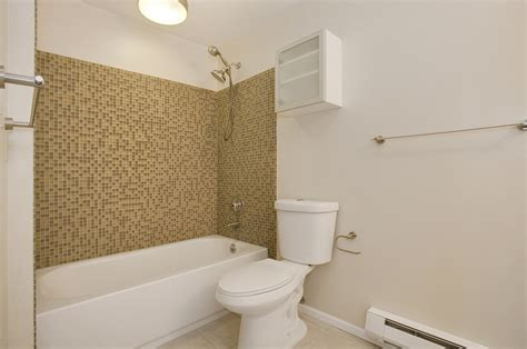 budget bathroom remodel ideas small bathroom remodels on a budget interior design ideas
